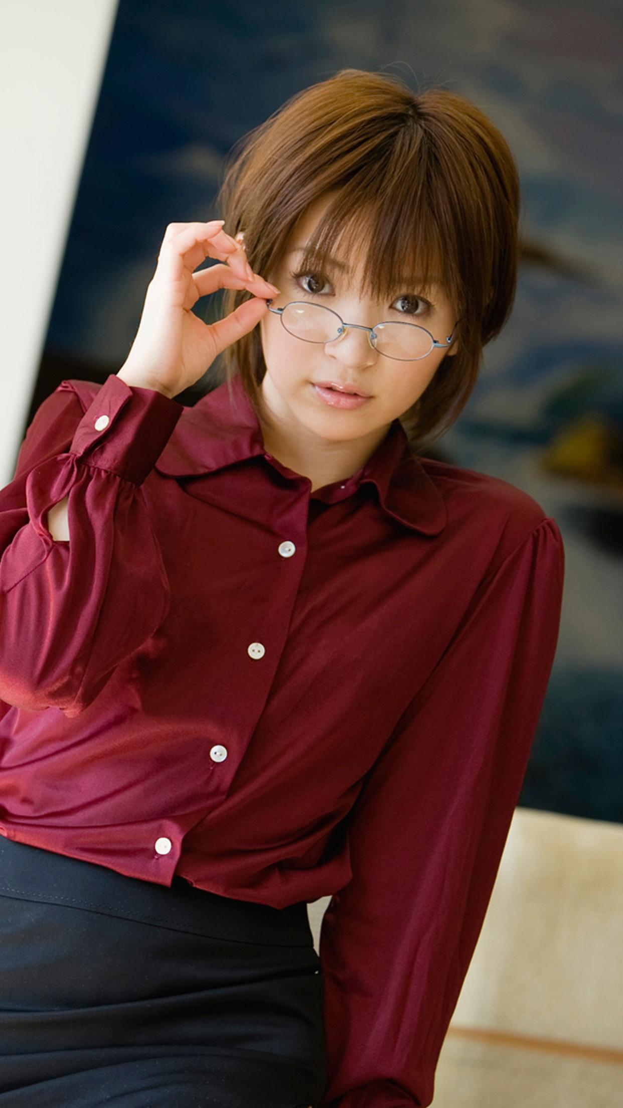 田中涼子 [iPhone] 田中涼子 – たなか りょうこ
